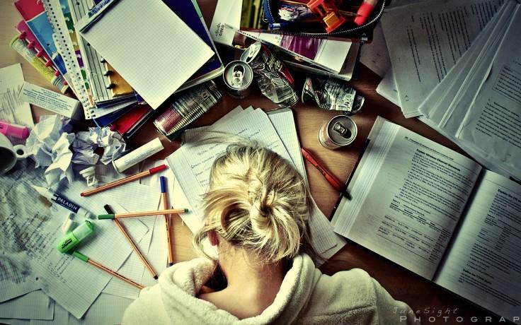 women-books-students-workstation-studying-fresh-new-hd-wallpaper.jpg