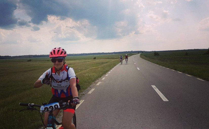 Peisaje incredibile în lung și-n lat cu bicicleta[poze+trasee]